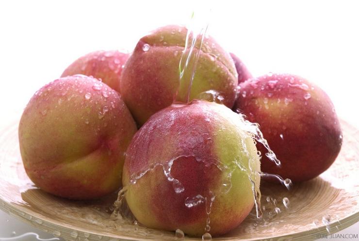 哪些人夏天不能吃桃子 三联