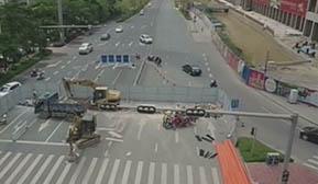 贵港城区两个重要路口封闭施工十天